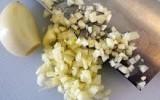 Thiếu chất do cắt nhỏ thức ăn khi nấu