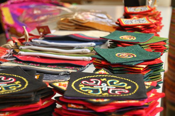 Sản phẩm thổ cẩm truyền thống của Sapa